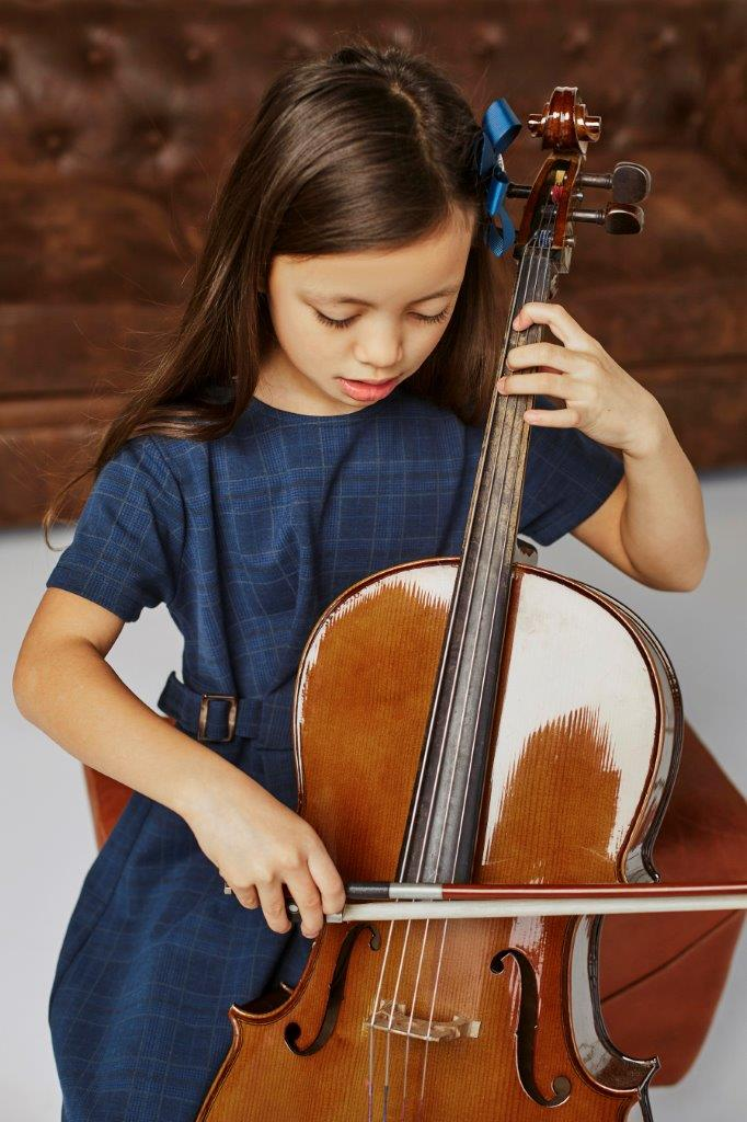 young-girl-learning-how-play-cello